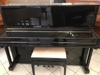 Piano Hyundai U 835
