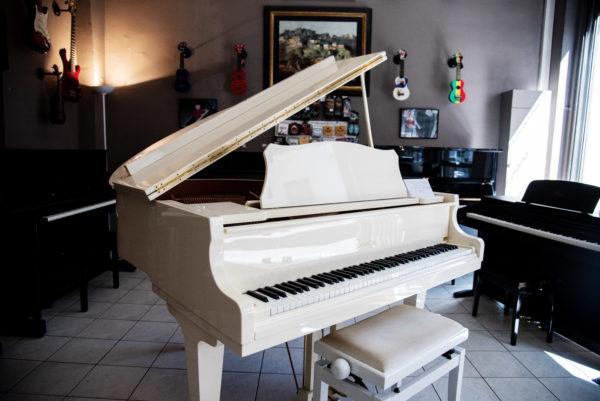 Piano Samick SG-47