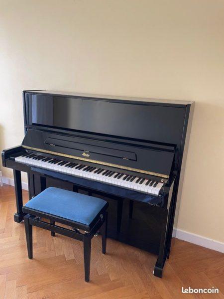 Piano Rösler R 1114